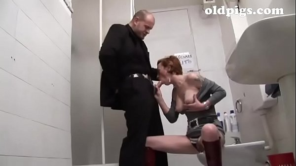 Mature slut picked up in a bar and banged in the toilet!