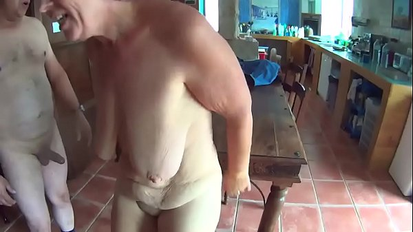 Suzisoumise the mature whore fucked twice by her guest.